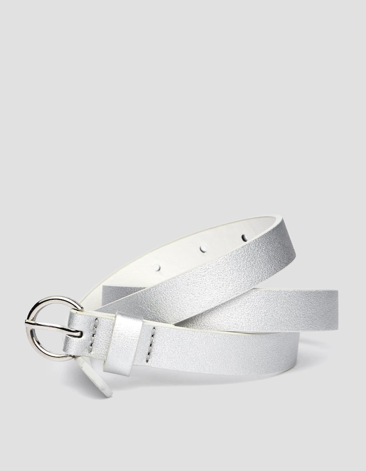 Thin belt with round buckle