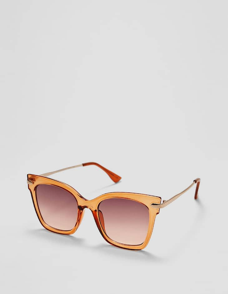 Square sunglasses with metal temples