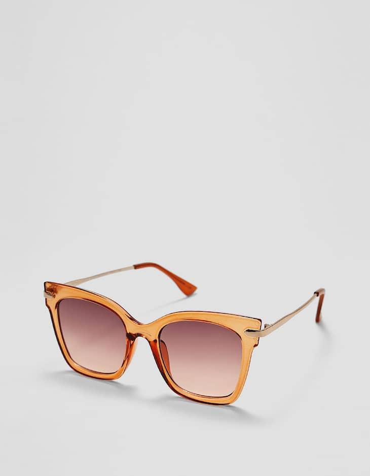 Óculos quadrados com haste de metal