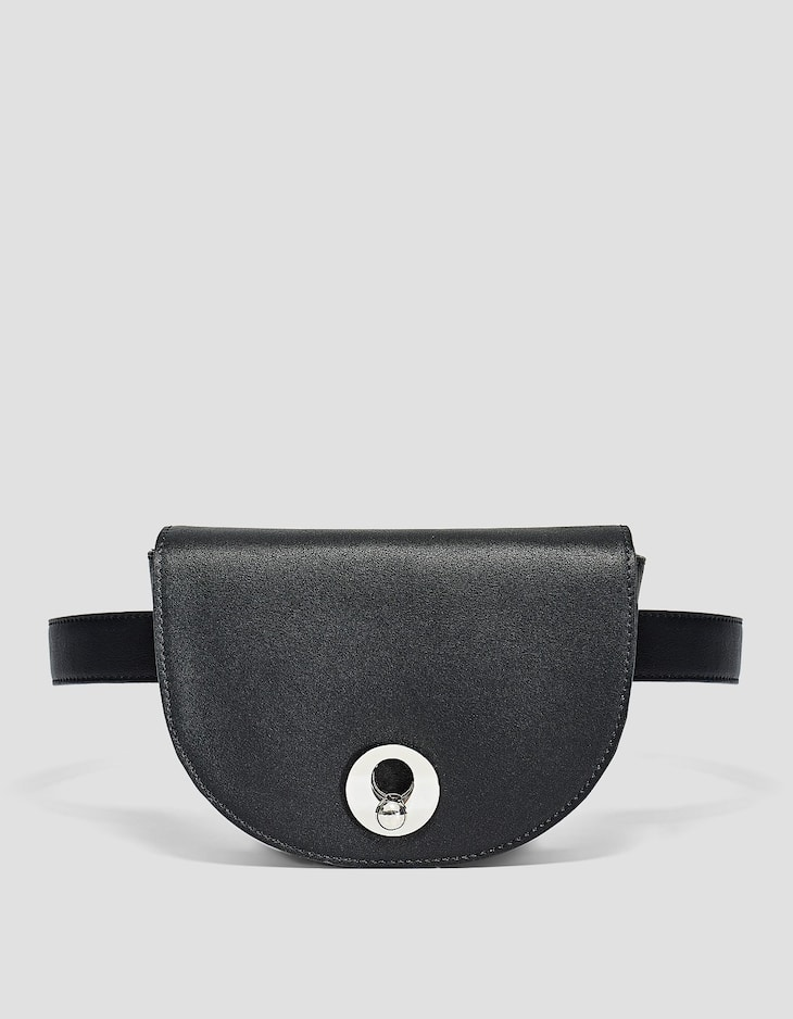 Rigid belt bag with clasp