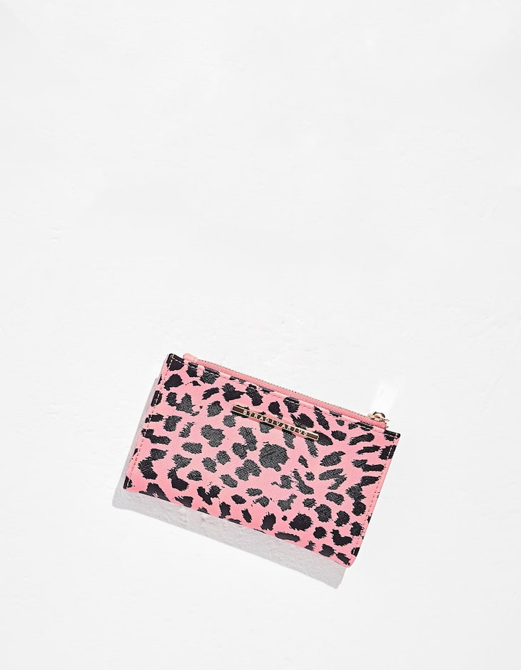 Basic leopard print purse