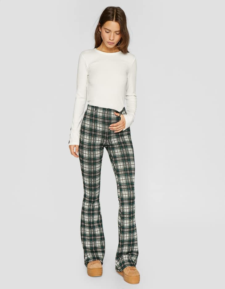 Knit flared trousers