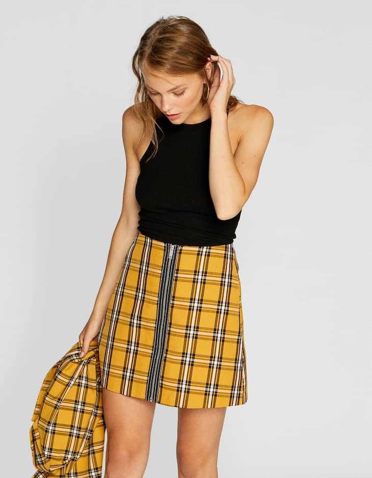 Checked mini skirt with zip