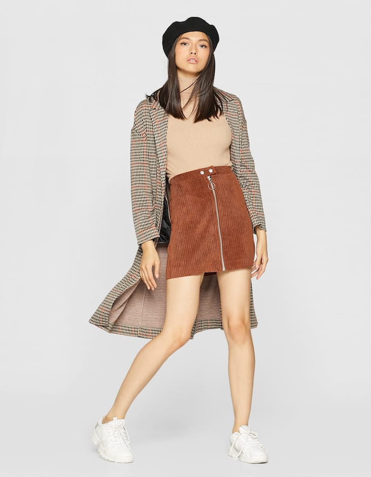 Corduroy skirt with zip