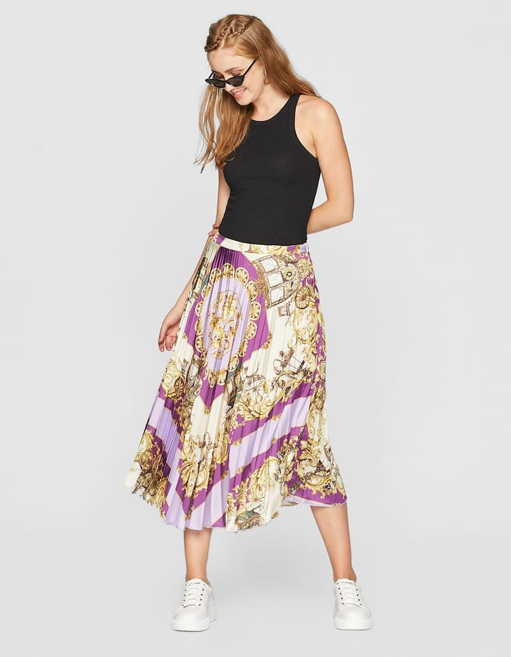 Pleated scarf style skirt with print
