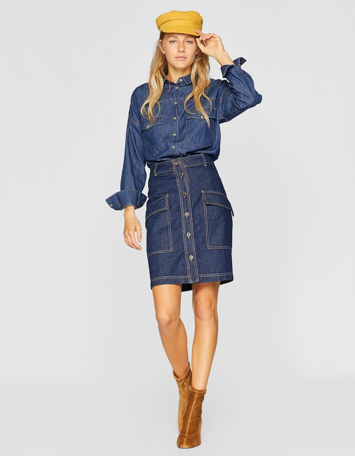 Denim skirt with cargo pockets