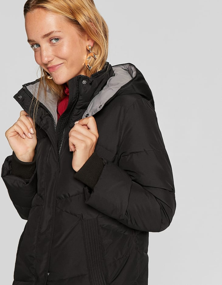 Long puffer coat with contrast lining