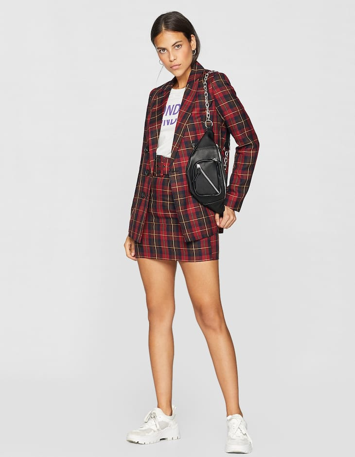 Six-buttoned checked blazer