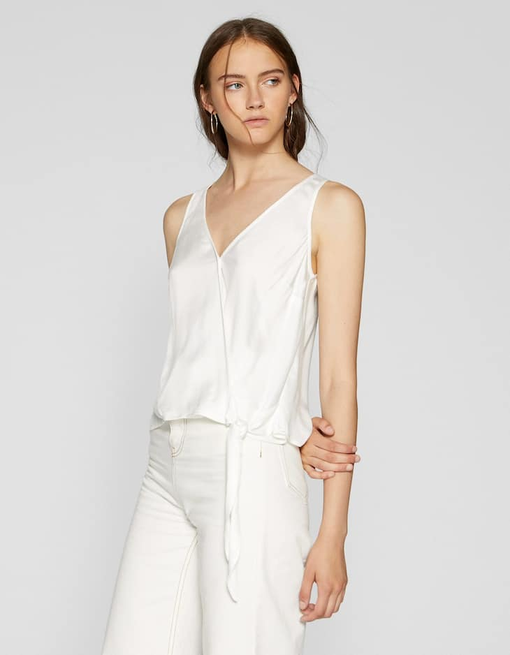 Sleeveless wrap shirt