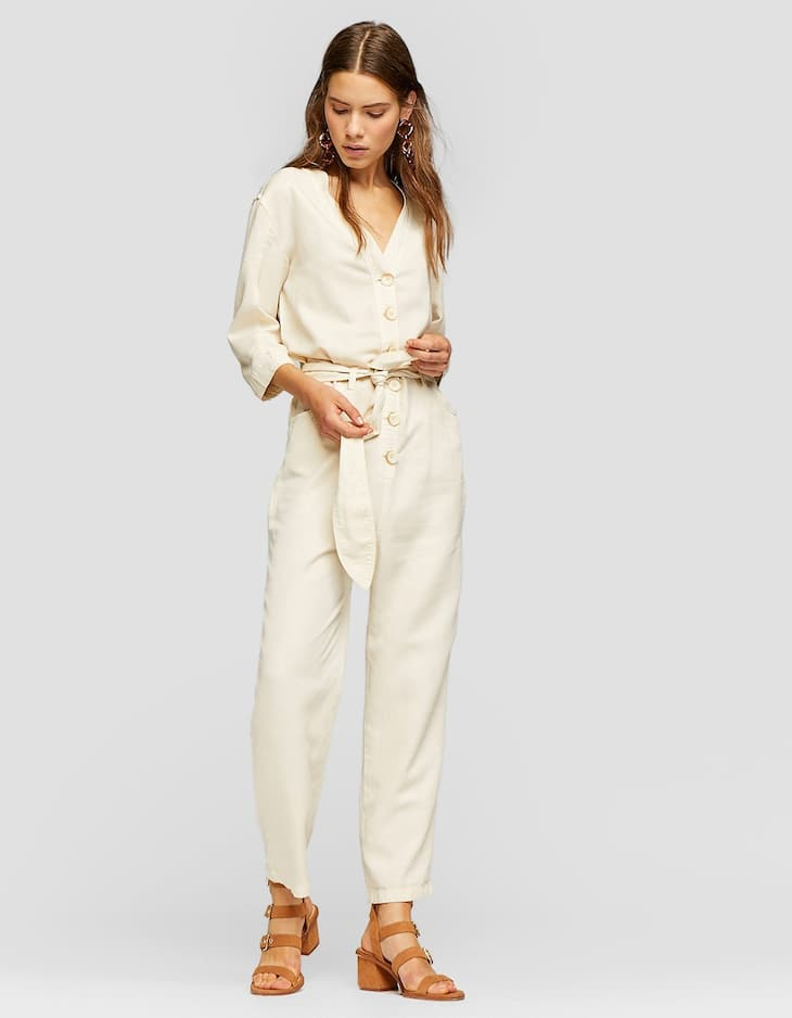 Utility jumpsuit with buttons
