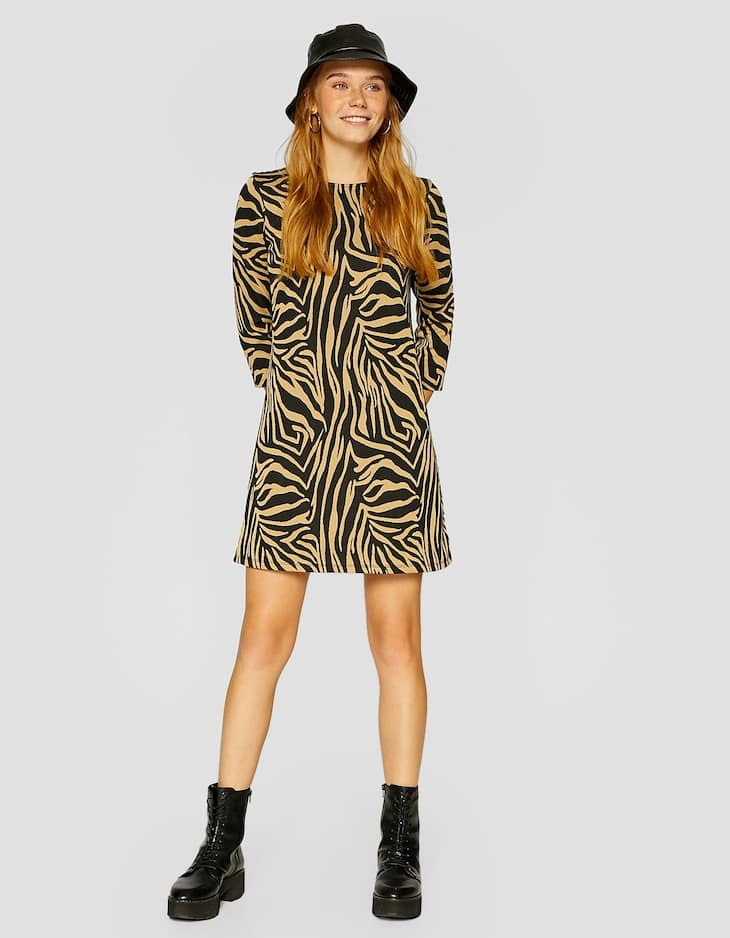 Animal print 3/4 length sleeve dress