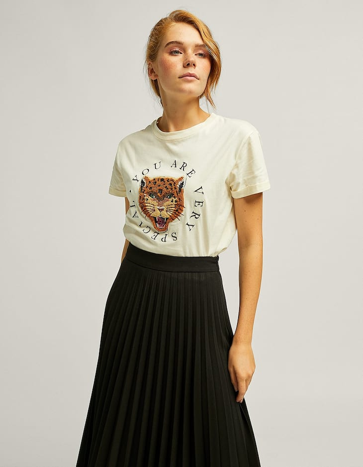 Animal T-shirt with bejewelled detail