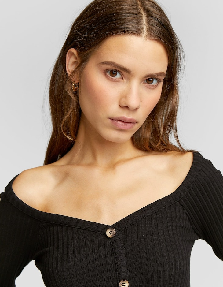 Ribbed sweetheart neckline T-shirt