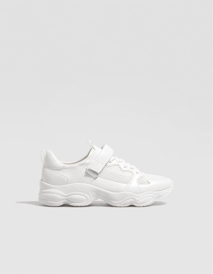 Beyaz kontrast spor ayakkabı