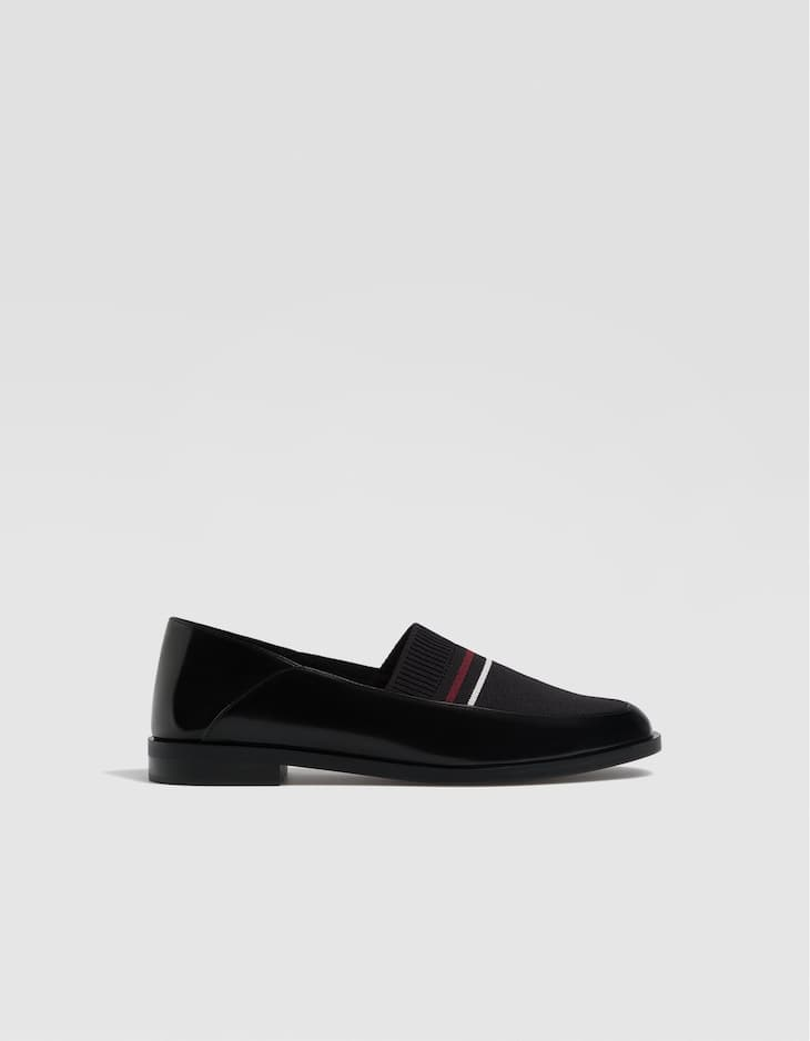 Contrasting fabric loafers