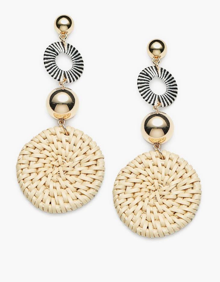 Natural raffia disc earrings