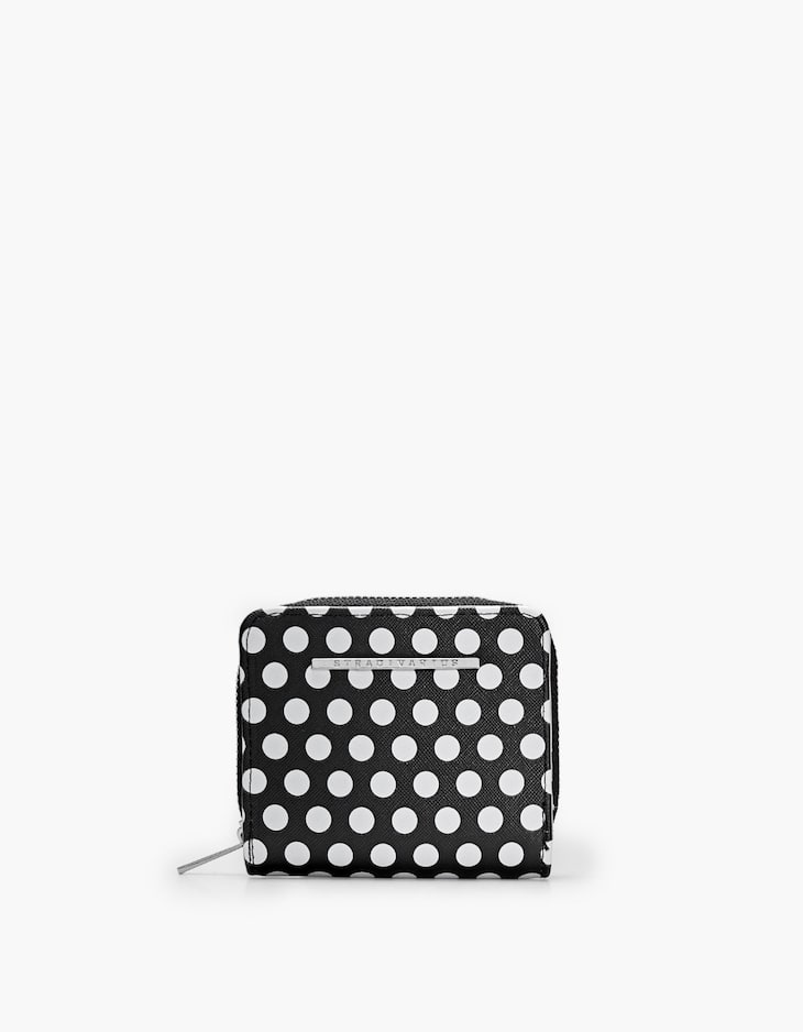 Embossed square coin purse