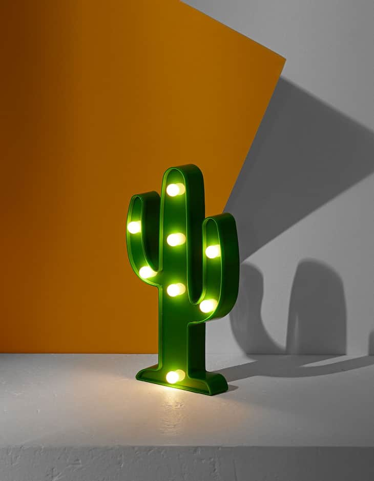 Cactus-shaped light decoration