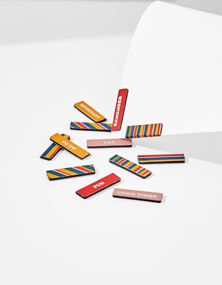 Thin colourful magnets