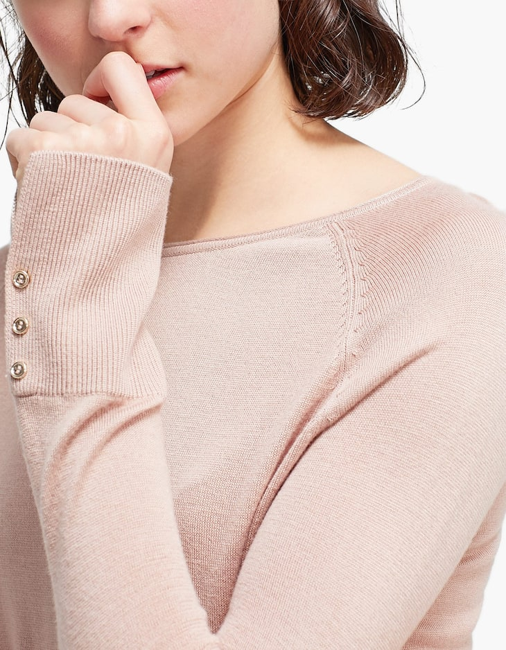 Raglan sleeve jersey with button detail