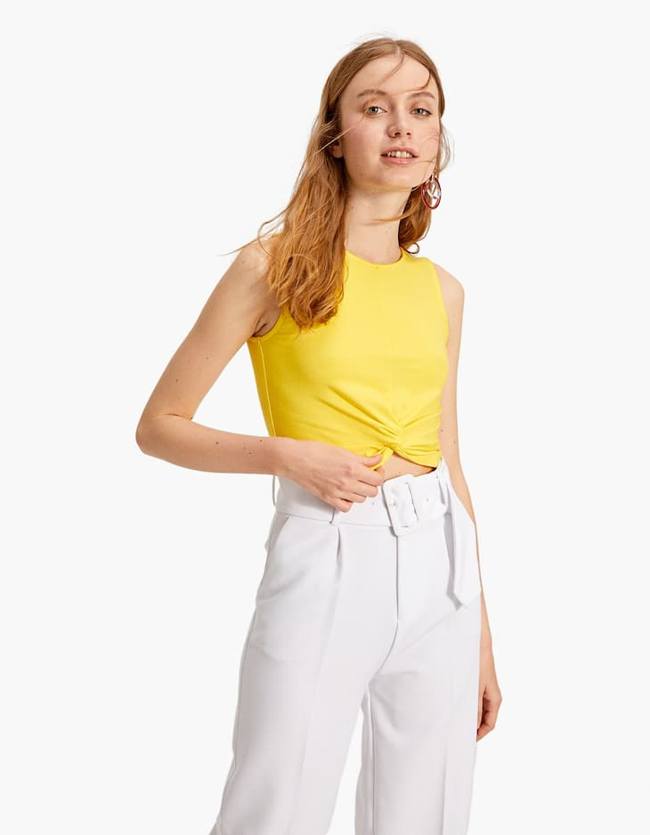 Top cropped cu nod