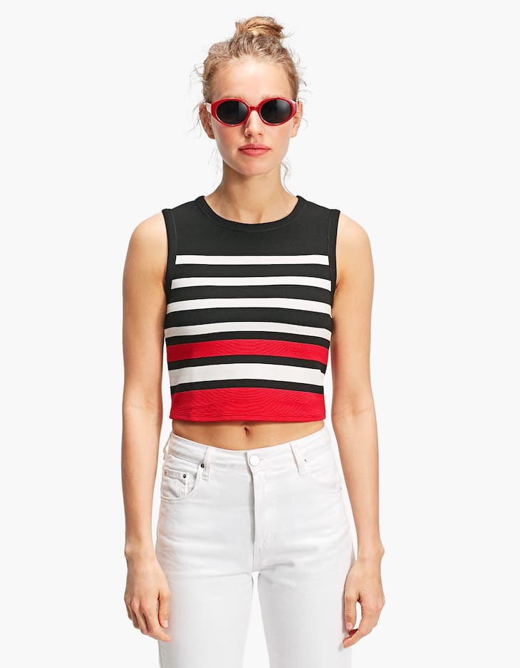 Crop top cinta bajo