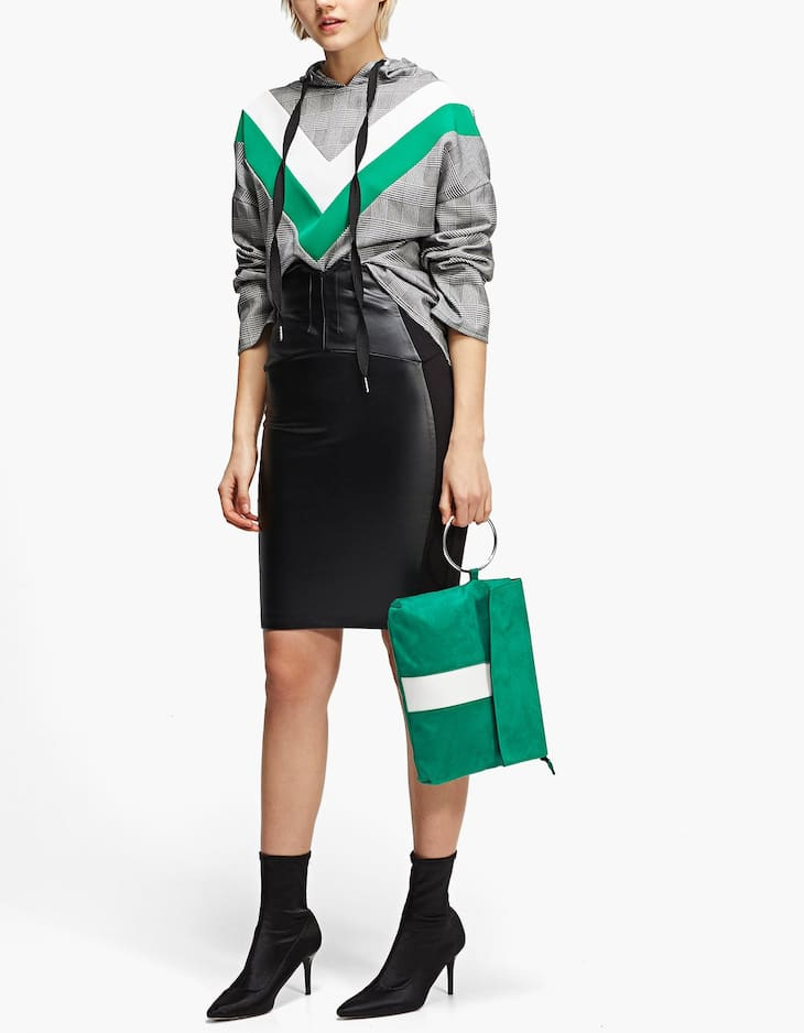 Faux leather pencil skirt in two materials