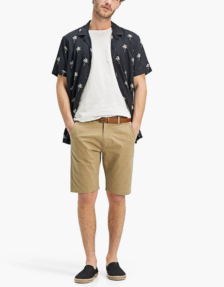 Chino-style Bermuda shorts with belt