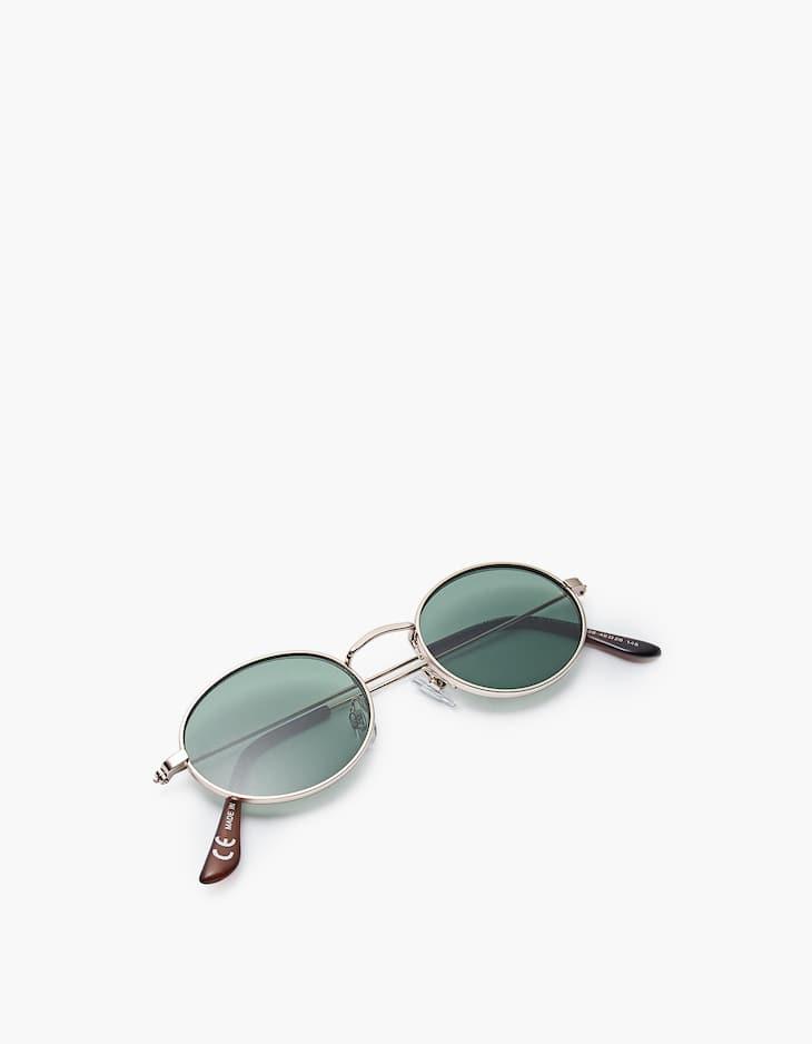 Ovale Sonnenbrille mit Metall