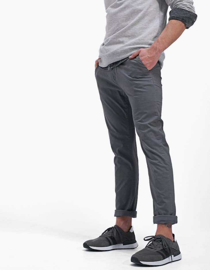 Pantalón chino cinturón
