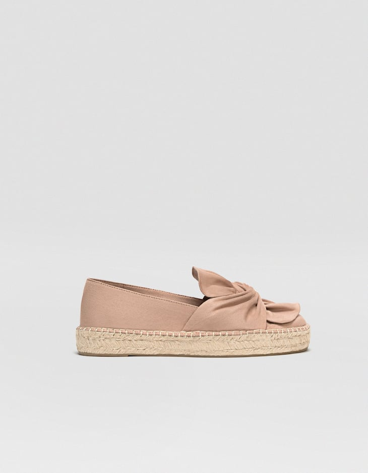 Espadrilles with bows