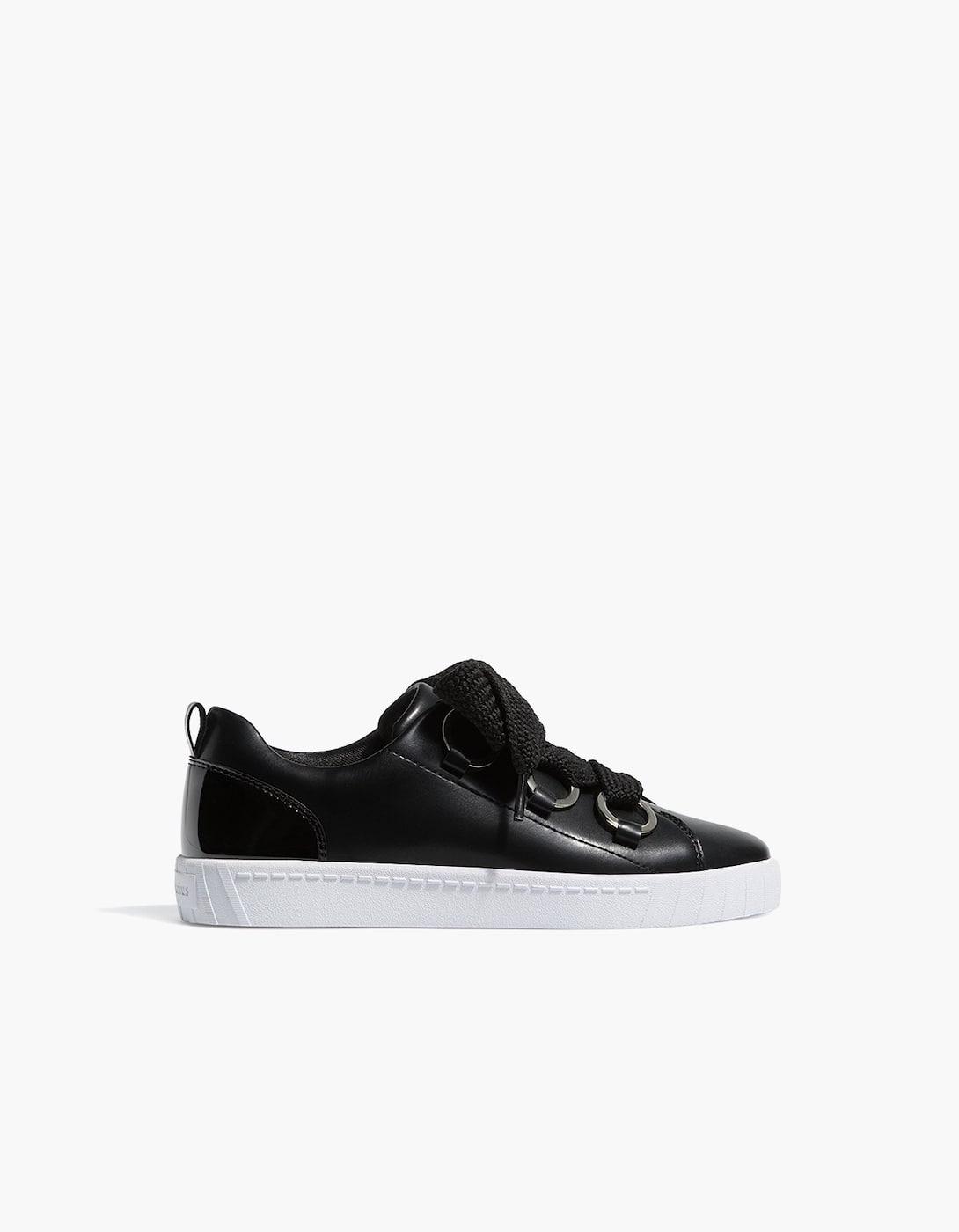 Geschnürte Sneaker in Schwarz Schwarz xinf4pQ5