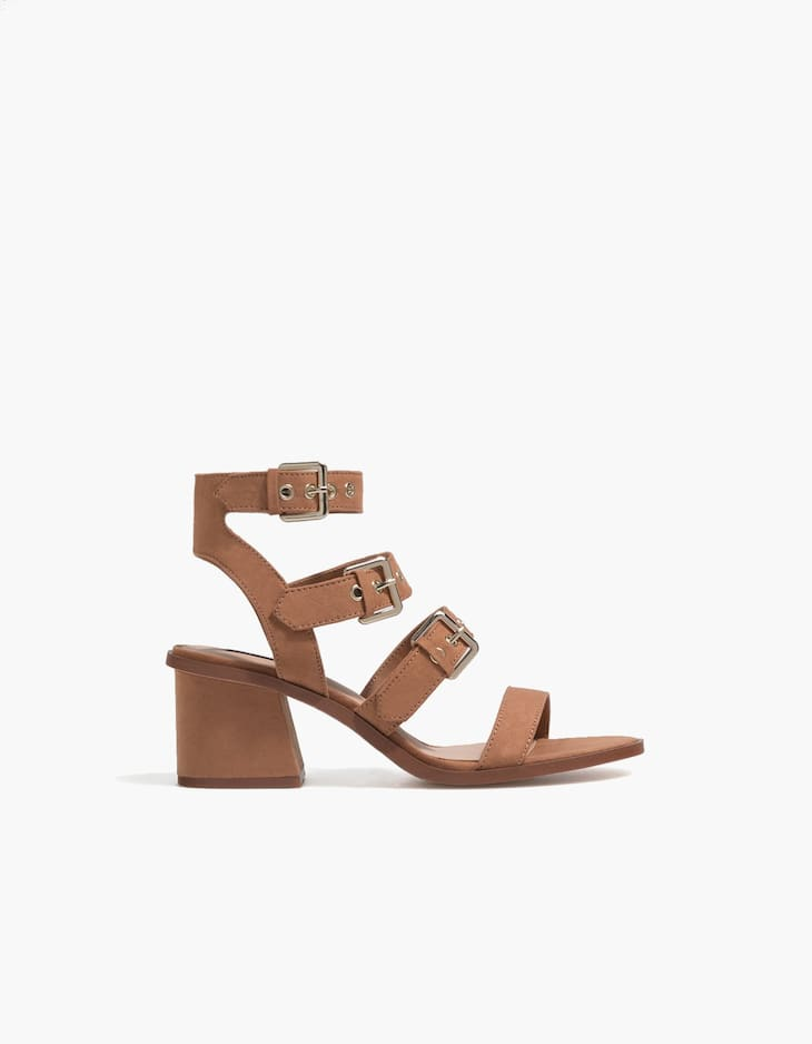 High heel sandals with buckles