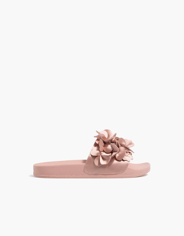 Nude slides with flower details