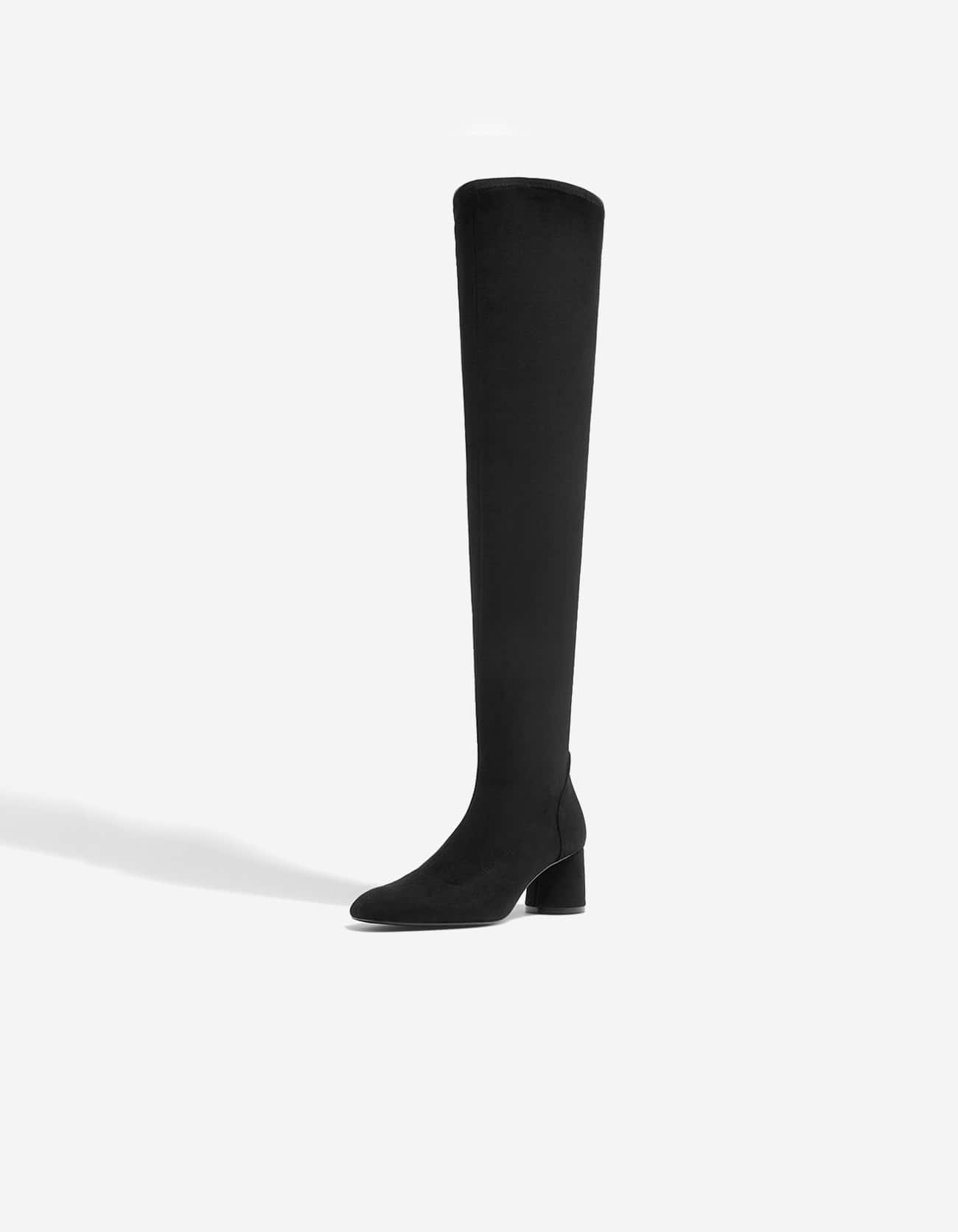 Stradivarius Over The Knee Boot at £35.99   love the brands 5917a9638ca
