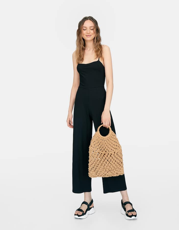 Long jumpsuit with knot at the back