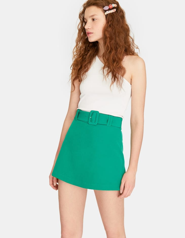 Skort with lined buckle