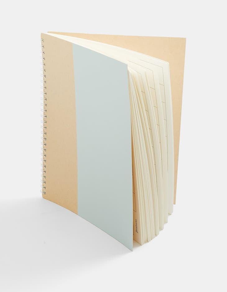 Natural ring-binder table planner