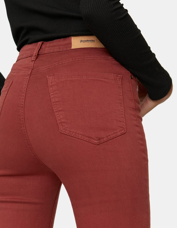Pantalón super high waist color