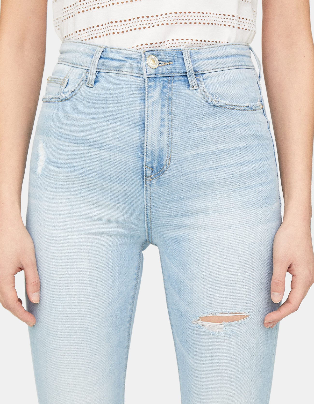 a197ac4ae29e Stradivarius Super High Waisted Skinny Jeans at £19.99   love the brands