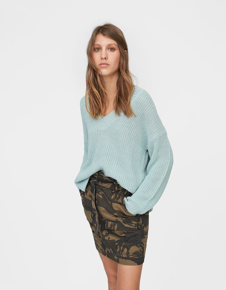 V-neck sweater with hang loop