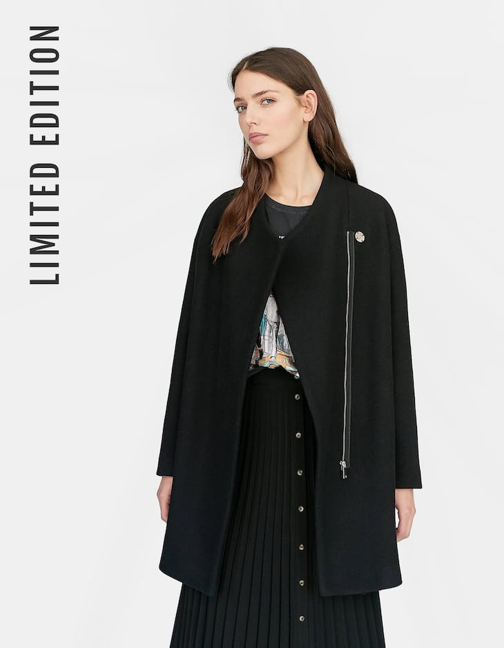 Limited Edition zip-up cloth coat