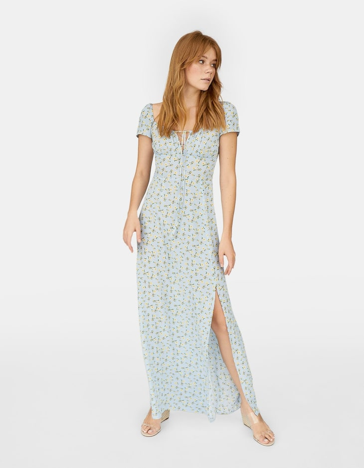 Long off-the-shoulder dress with all-over print