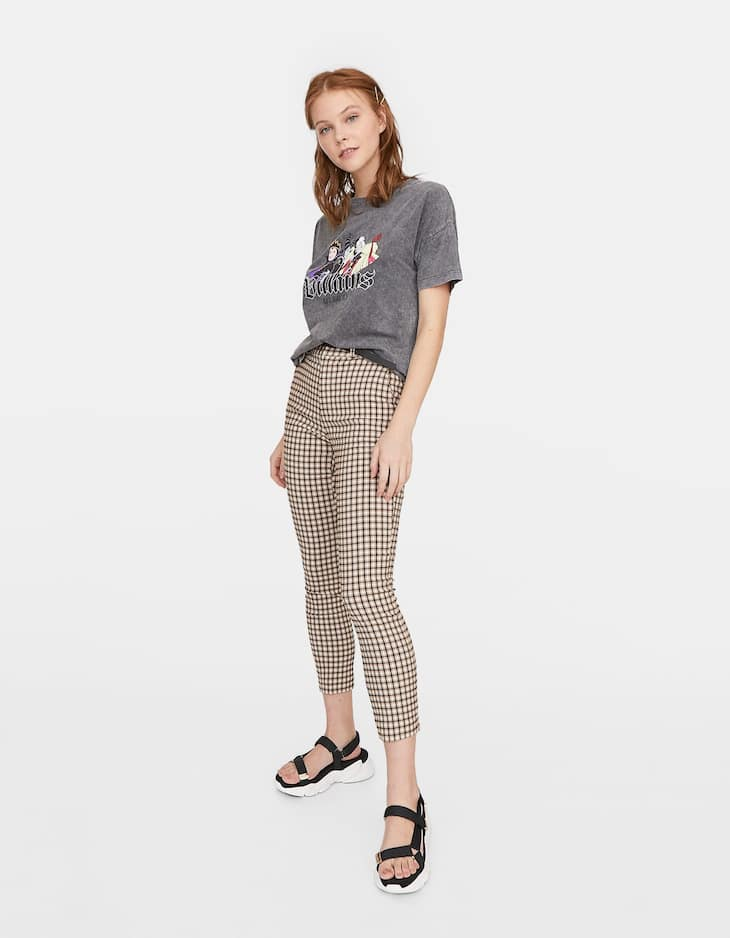 Smart checked trousers with belt