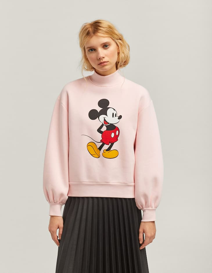 Mickey Mouse sweatshirt with full sleeves