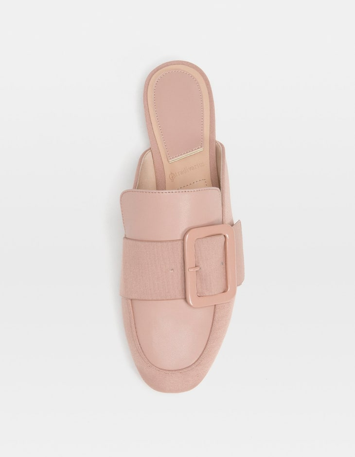 Beige mule loafers with buckle