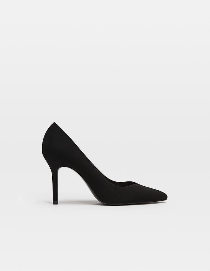 Black stiletto heel court shoes