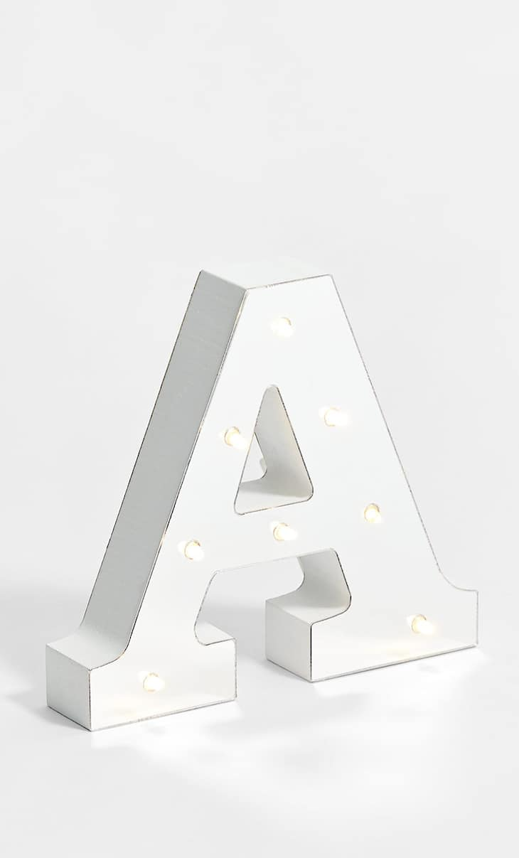 Buchstabe A im Silber-Design