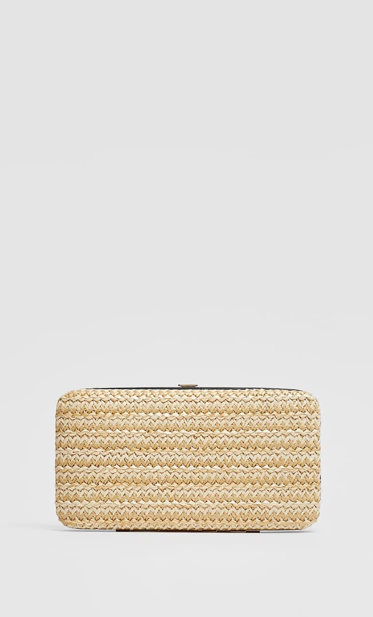 Rigid raffia purse