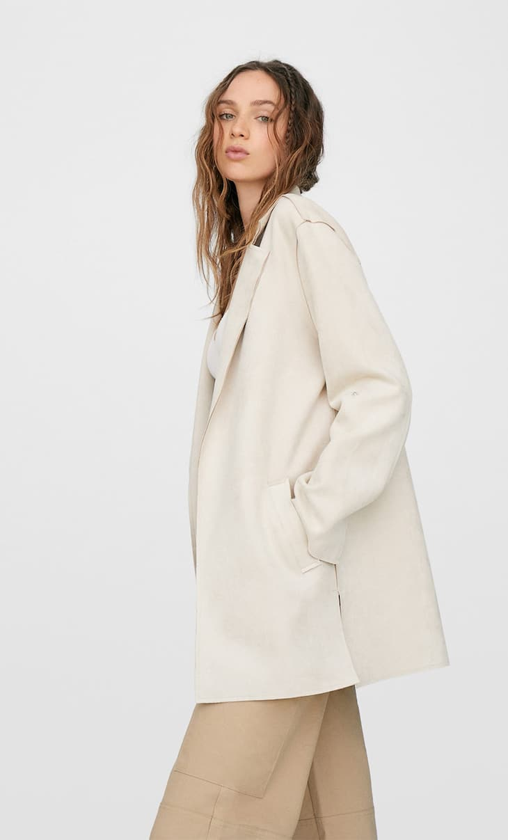 Loose-fitting bonded trench coat